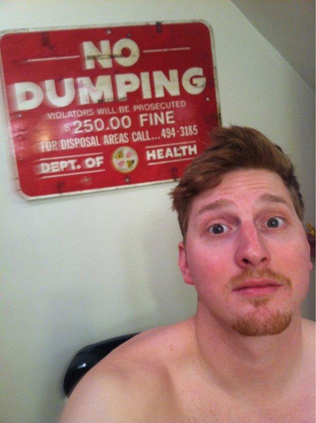 toilet-selfies-032-05232014