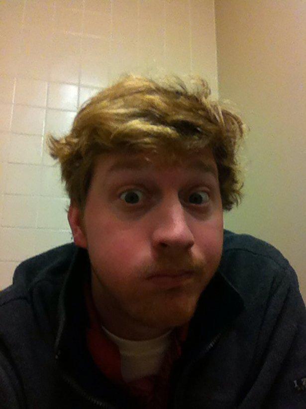 toilet-selfies-035-05232014