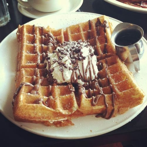 82564-Waffles-With-Chocolate-And-Ice-Cream
