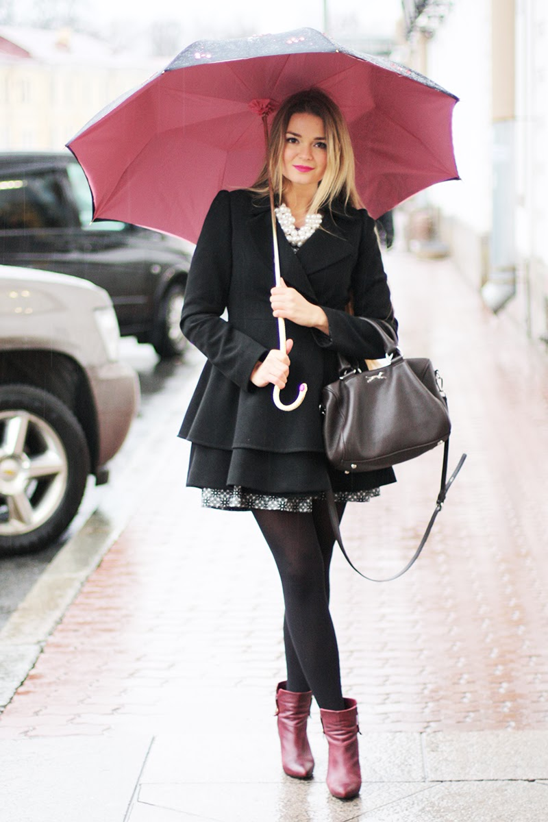 17 Outfits That Will Look Chic Even If It Rains | CollegeTimes.com