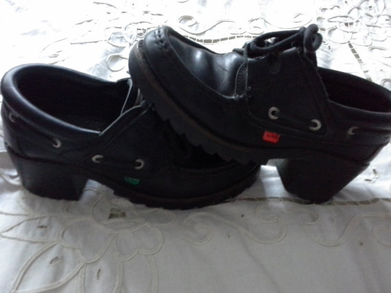 The School Shoes Every Irish Kid Owned In The 00s ...