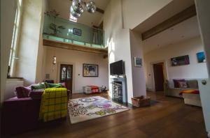 unique Airbnbs